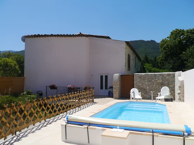 Newly Converted Barn with Pool - Quillan - Apartamento