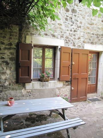 Clede dans hameau Cevenol