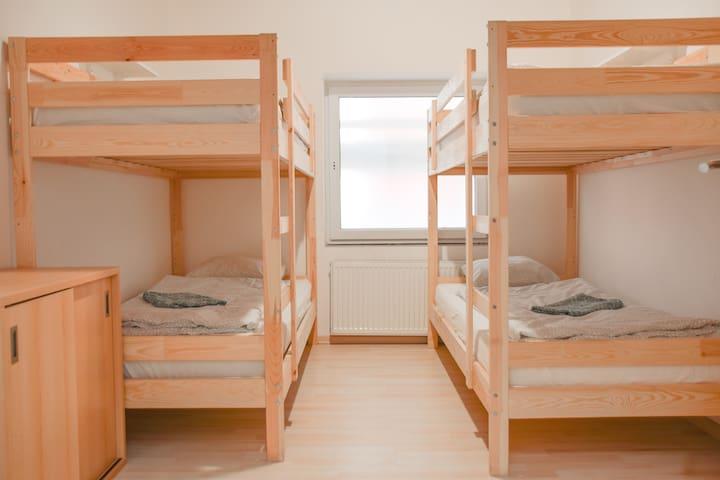 Hostel Monika - Quadruple Bunk bedroom - 21