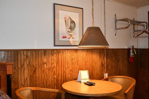 Refresh guest room at Hopwood Motel for travelers