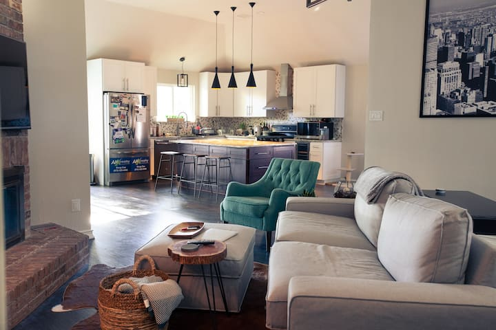 Allen/Plano/Mckinney - Modern Guest Suite