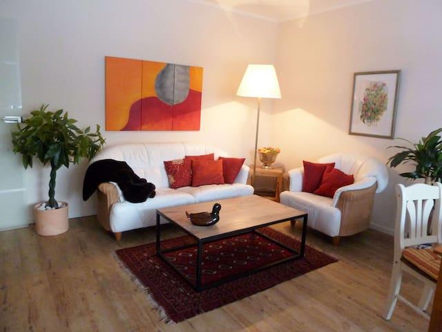 Ferienwohnung Amadeo (Winterberg/Stadt) -, Ferienwohnung (56qm) 1 Schlafzimmer/1 Wohnzimmer