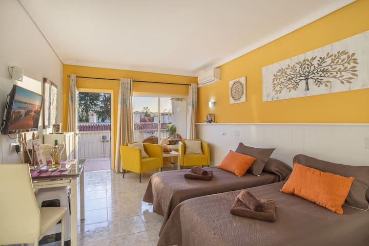 "Charming Holiday Apartment ""Casa Maria -Carihuela Park Palace-"" with Wi-Fi, Pool, Balcony & Garden; Parking Available"