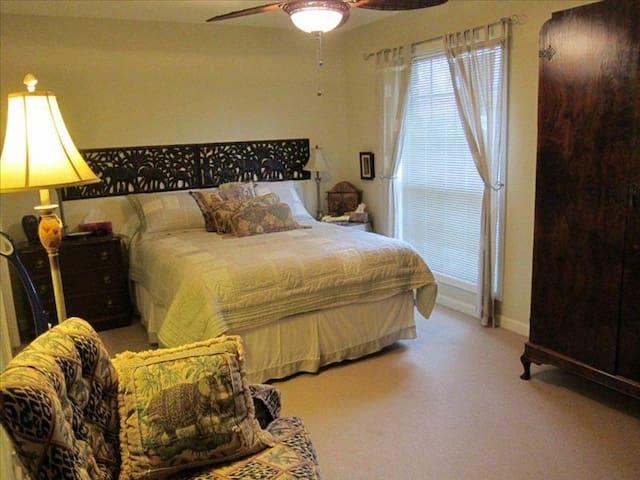 Upper level master bedroom with queen bed