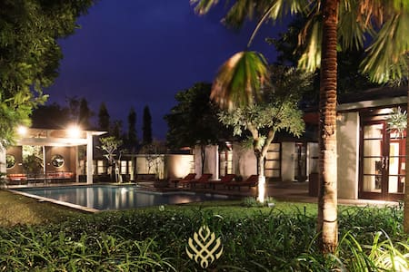 Luxury 4BR Villas Taman Dayu Resort - Kota Malang