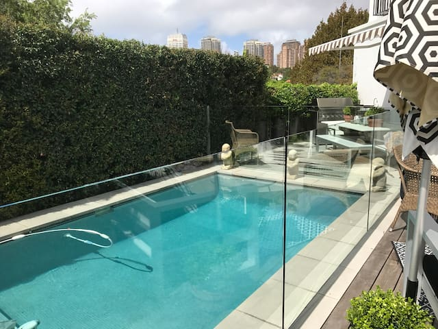 Large Private Pool studio - Woollahra - Casa de huéspedes