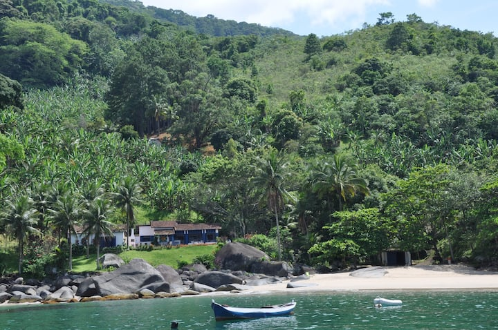 Ilha com praia privativa e vista de tirar o fôlego