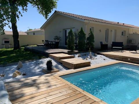 Dom s výhľadom na vinicu a súkromným bazénom