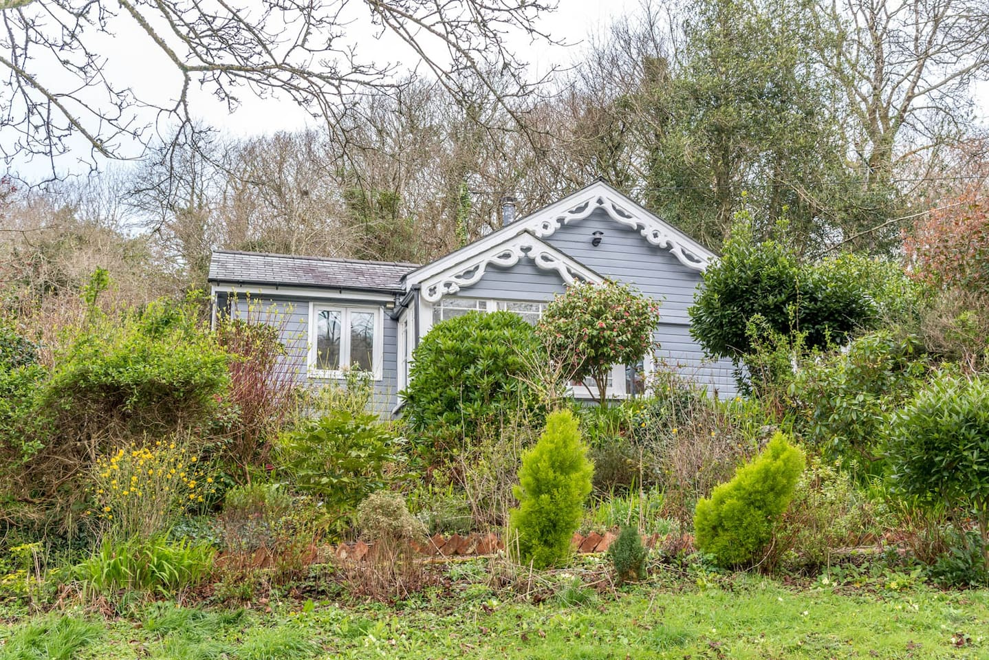 Secluded Cottage 10 miles from the coast