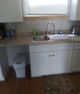 4 bed 2 bath in Wilkes-barre City