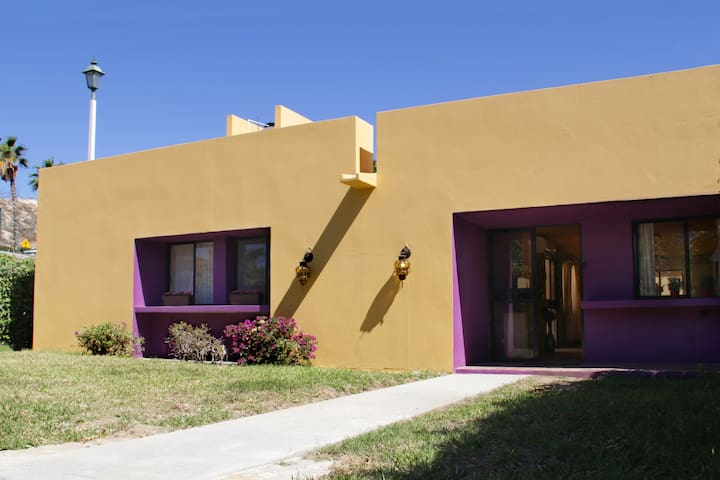 Enjoy our Mexican home, just 8 minutes away from San Jose's downtown.
