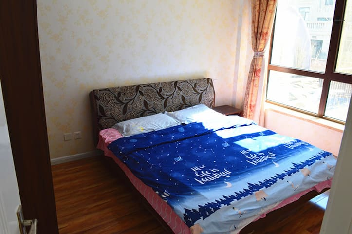 卧室舒适整洁