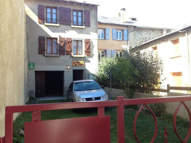 La casa del Pastor - Formiguères - Huis