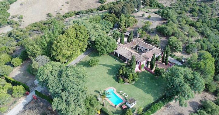 Magnificent estate at only 20 min from Sotogrande