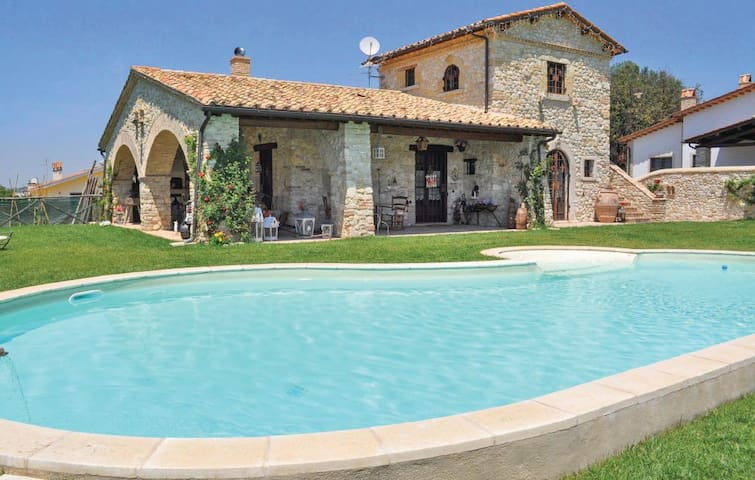 NEW! Charming stone villa with pool near Rome - Roma - Casa de camp