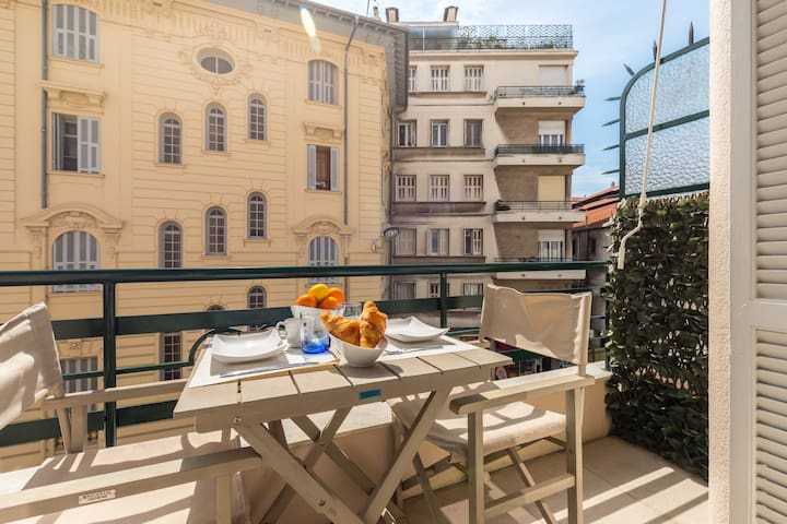 ROMANCE - Two bedroom apartment with Balcony & AC