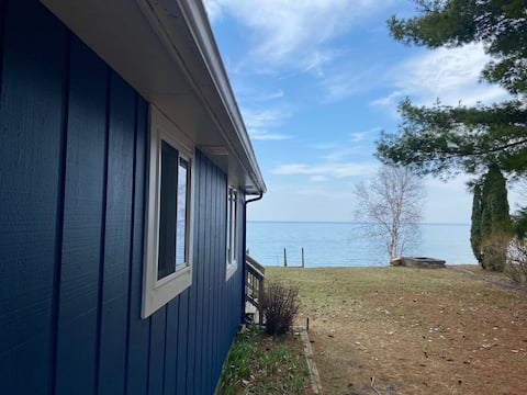 Lake Huron Cottage with Private Beach