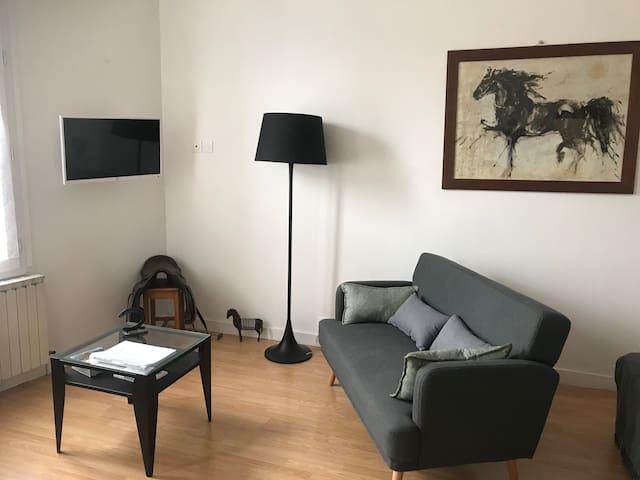 Ourasi Grand studio au calme pour deux personnes