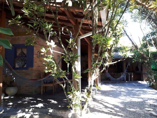 Casa Rústica na Praia de Itamambuca