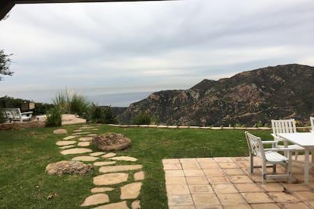 Comfortable Malibu Room,  Spectacular Ocean View