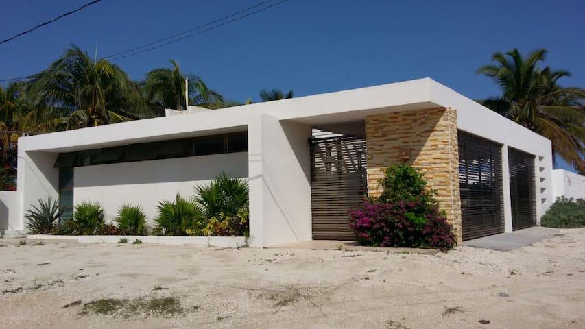 Casa en la playa, Puerto Chelem - Chelem
