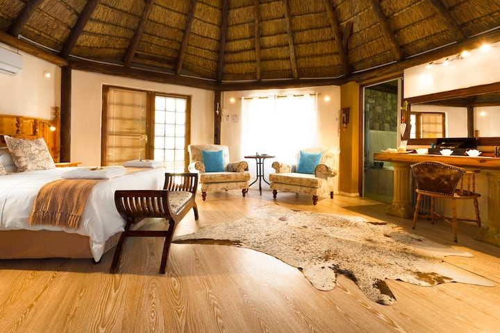 Chamomile Garden Suite at Morning Glory Cottages