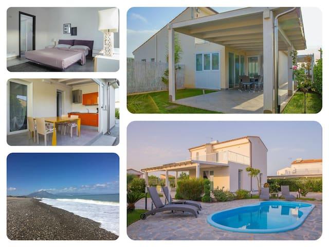 Villa with pool, close the beach