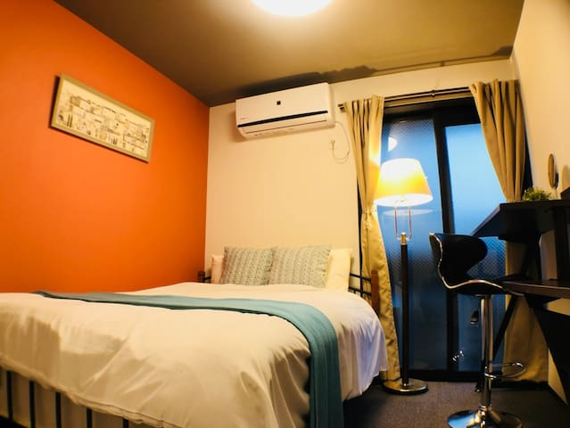 Convenient room for Night life at Kyoto WiFi 4-2K2