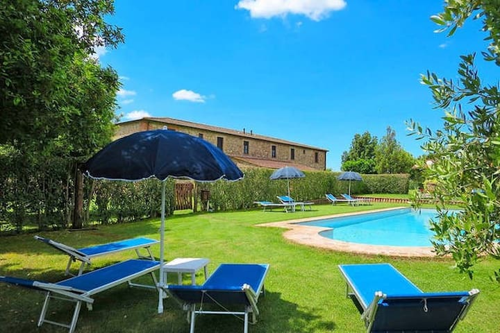 Romantic apartment in Maremma Toscana