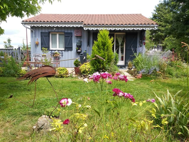 The grey cottage en Perigord - Tocane-Saint-Apre - House