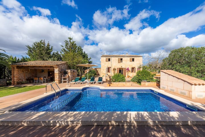 Beautiful Holiday Home Can Biel with Mountain View, Wi-Fi, Garden, Terraces & Pool; Parking Available