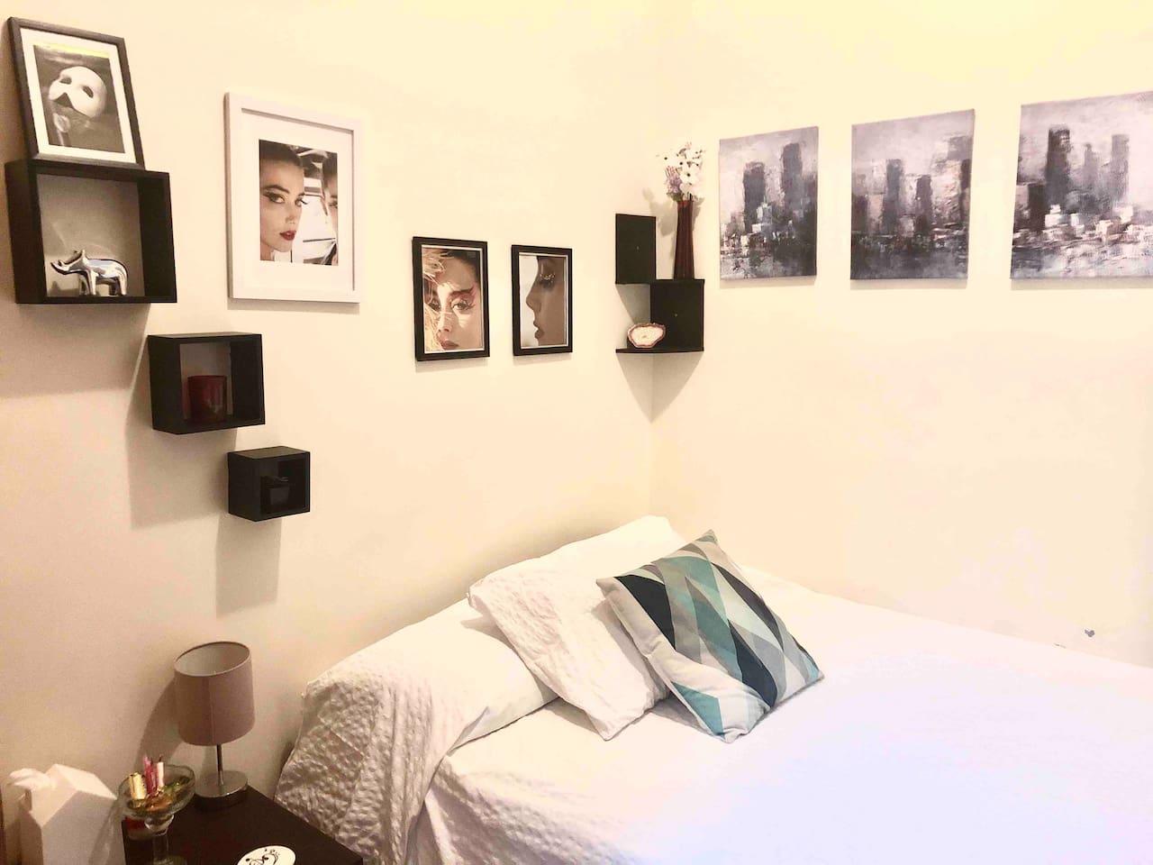 Cozy room near Times Square