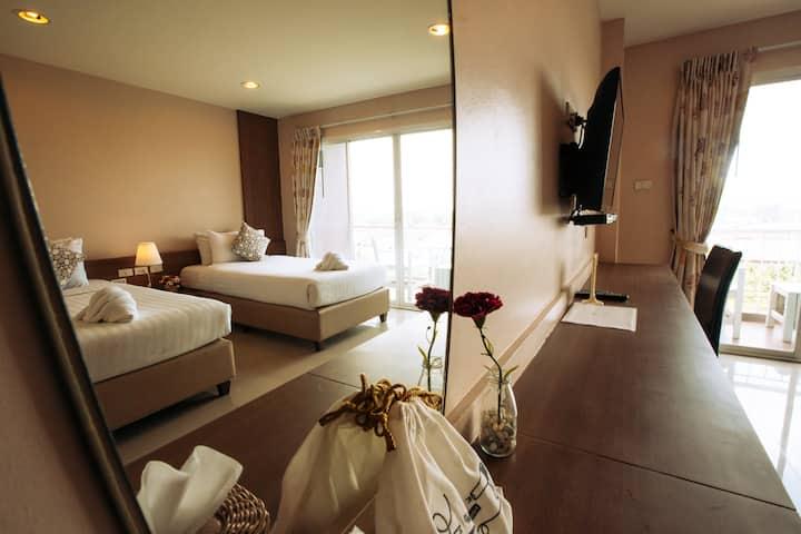 Deluxe Twin Bed Room 1@The Cavalli Casa Resort