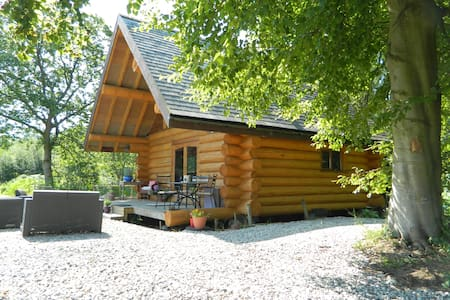 Traditional Log Cabin in the Lakes - Cumbria - Cabaña