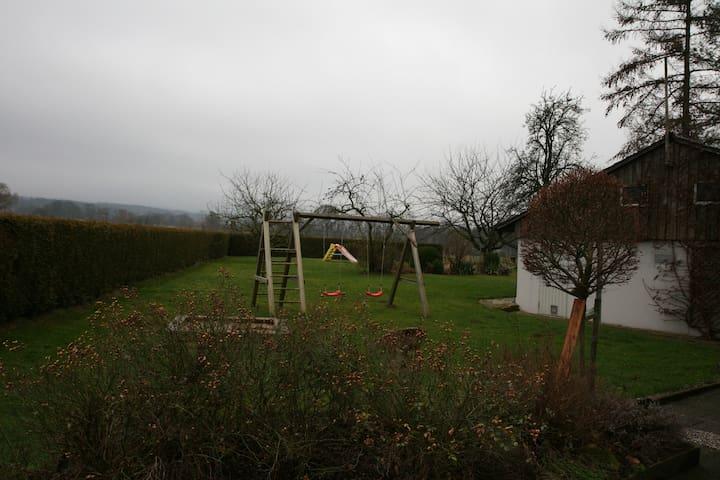 Landapartment mit großem Garten - Stadthagen