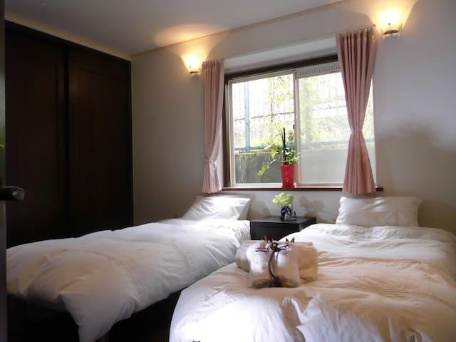 [Room-B] 10畳の広々した部屋