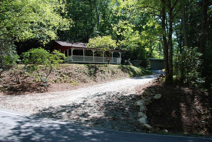 Thistledown Cabin