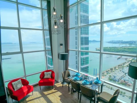 Coastline Seaview Duplex Level 19 Executive Floor