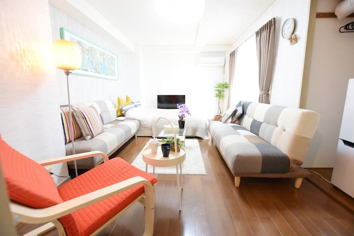 6min to station, located in downtown!Free WIFI!601