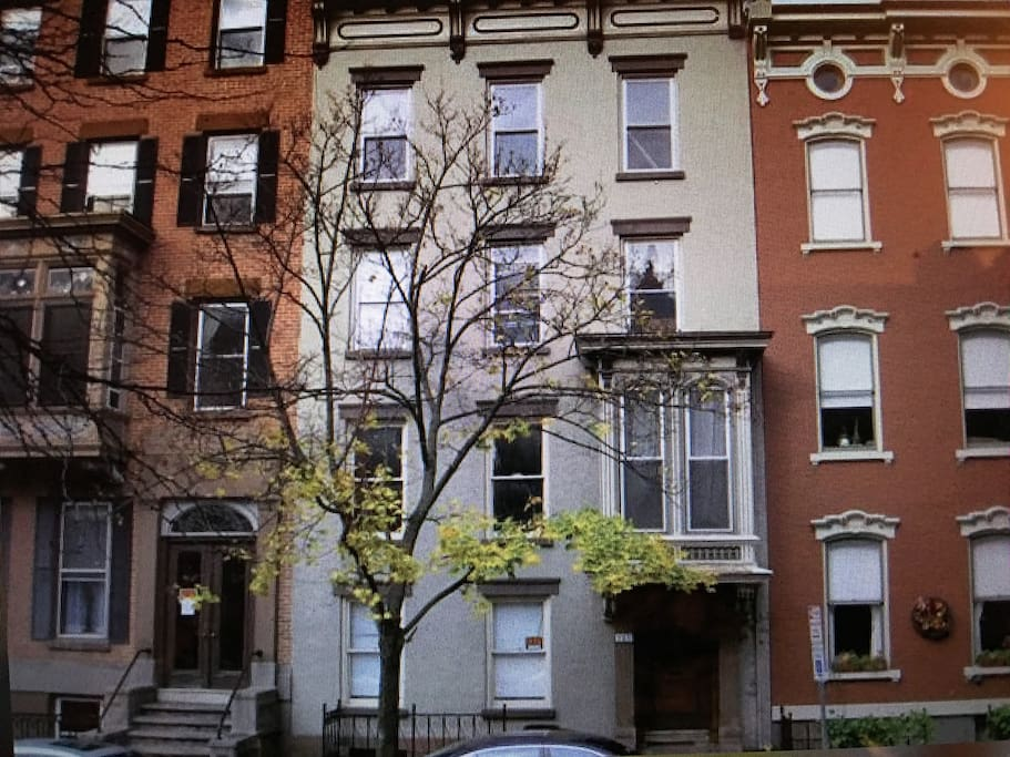Historic Troy One Bedroom Apartment Extended Stay Apartments For Rent In Troy New York