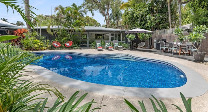 Port Douglas Beach House Retreat