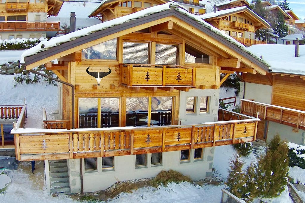 chalet buffalo cozy comfortable chalet max 16 p chalets louer nendaz valais suisse. Black Bedroom Furniture Sets. Home Design Ideas