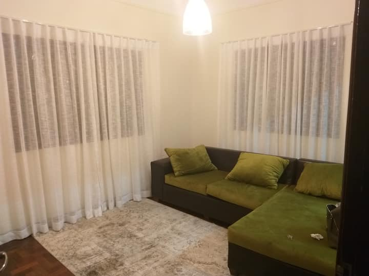 Charming room Available for short and long stays