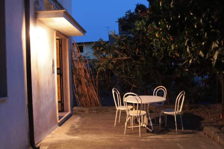 """""""La mia casa di Locri"""" - Casa vacanza con giardino"""