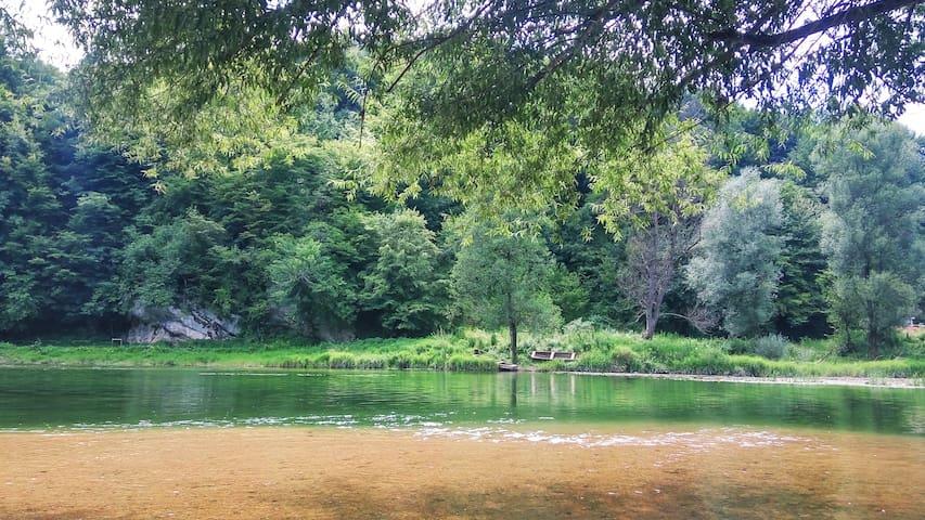 SMARAGD RIVER near Rastoke & Plitvice Lakes