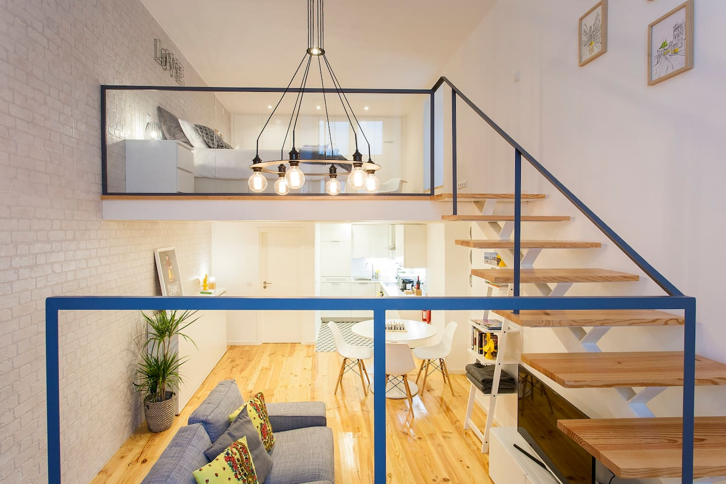 apartment in Lisbon, Rua da Bica Duarte Belo. Build by João and nicely designed by Joana.