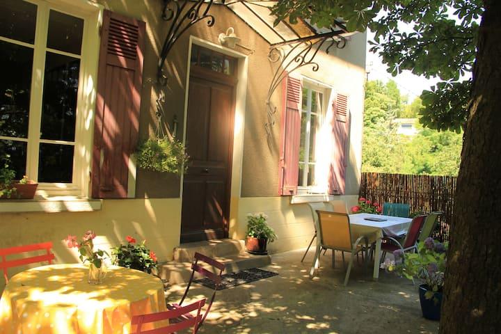 Grande maison, 10' centre de Lyon