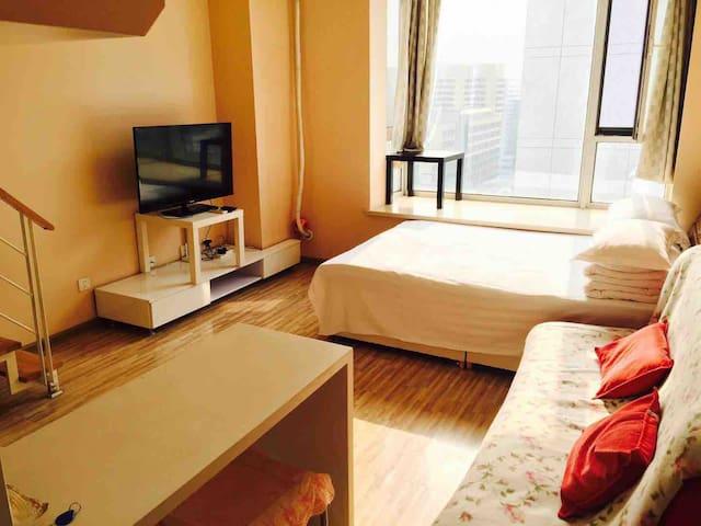 沈阳钻石星座暖色复式公寓,临近沈阳站、太原街、医大一院