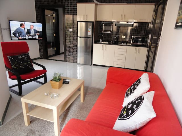 Private Apartment in Great Quiet location - Amman - Apartemen