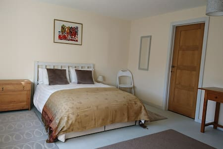 Escape to Suffolk Double Bedroom en-suite